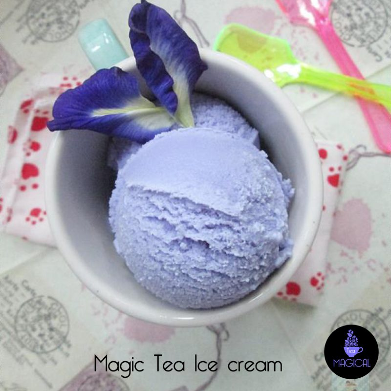 Glace violet au Magic Tea